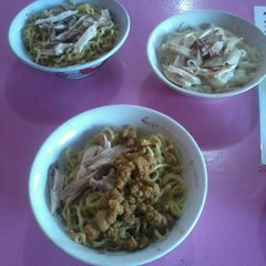 Photo taken at Bakmi karet planet by irfan on 8/17/2012