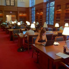 Photo taken at EB Williams Law Library, Georgetown Law by Kumar J. on 8/29/2011