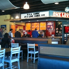 Photo taken at Raising Cane's Chicken Fingers by Terrence C. on 2/7/2011