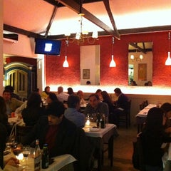 Photo taken at La Piadina Cucina Italiana by Gustavo Veiga N. on 11/19/2011
