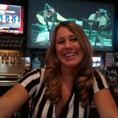 Photo taken at Sam's Sports Grill by Fred H. on 12/21/2011
