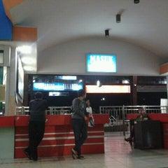 Photo taken at Stasiun Purwokerto by Arik M. on 12/23/2011
