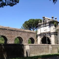 Photo taken at Villa Doria Pamphilj by すぎ作 on 6/17/2012