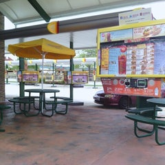Photo taken at Sonic Drive-In by Michael L. on 8/9/2012