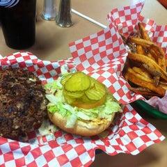 Photo taken at Patty Shack Burgers by Gar on 10/15/2011