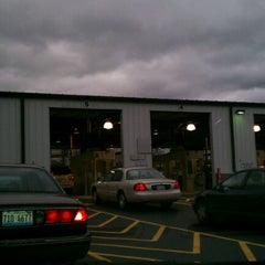 Photo taken at Air Team - Illinois Emissions Testing Station by Blah B. on 11/29/2011