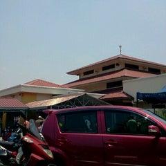 Photo taken at Surau Al Ikhwan by Giraki K. on 8/10/2012
