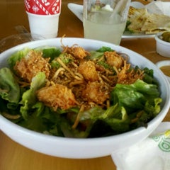 Photo taken at Super Salads by quecomerenmerida.com on 1/28/2012