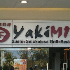 Photo taken at YakiMix Sushi & Smokeless Grill by Nelson S. on 10/26/2011