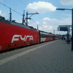 Photo taken at Intercity Direct Breda - Amsterdam Centraal by Lesley E. S. on 8/24/2012