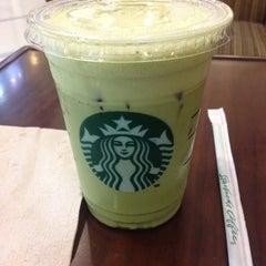Photo taken at Starbucks (สตาร์บัคส์) by 💗✨RayR✨💗 on 8/24/2012