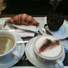 Photo taken at Costa Coffee by Cassandra H. on 10/23/2011