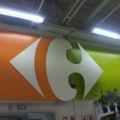 Photo taken at Carrefour by Fábio J. on 12/20/2011