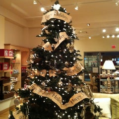 Photo taken at Christmas In Toronto by Jasin D. on 12/24/2010