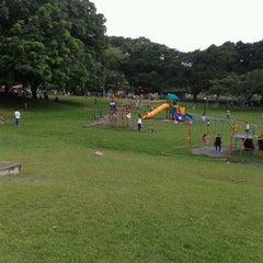 Photo taken at Parque Recreativo y Cultural Omar by Tomas A. on 8/26/2012