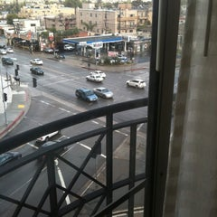 Photo taken at Residence Inn by Marriott Beverly Hills by Omer A. on 4/14/2012