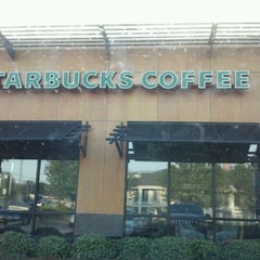 Photo taken at Starbucks by Taylor P. on 4/26/2012