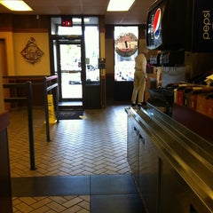 Photo taken at Arby's by S'te E. on 9/24/2011
