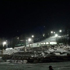 Photo taken at Blue Mountain Resort by Nick L. on 12/24/2011