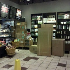 Photo taken at Starbucks by Paul G. on 11/8/2011