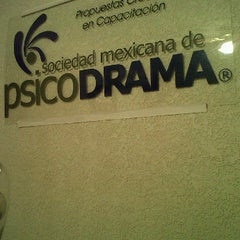 Photo taken at Sociedad Mexicana de Psicodrama by Roberto R. on 12/29/2011