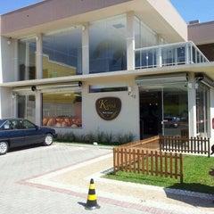 Photo taken at Panificadora Karoá by Fabio Renato S. on 10/7/2011