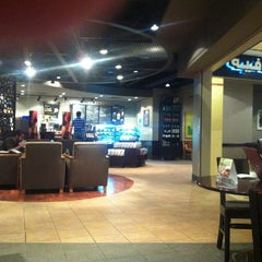Photo taken at Starbucks | ستاربكس by Islam I. on 4/27/2012