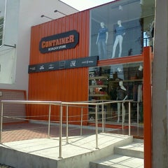 Photo taken at Container Ecology Store by Rodrigo G. on 7/5/2012