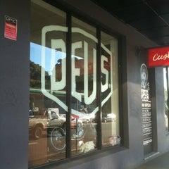 Photo taken at Deus Ex Machina by Goup G. on 4/14/2011