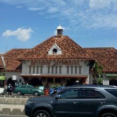 Photo taken at Stasiun Jatinegara by Krisna H. on 1/24/2012