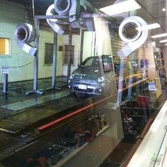 Photo taken at Simoniz Car Wash by Juliet on 9/11/2011
