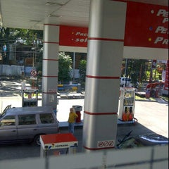 Photo taken at SPBU 34.401.24 by iip m. on 9/23/2011