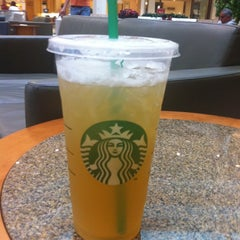 Photo taken at Starbucks by Mykael H. on 8/9/2011