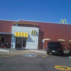 Photo taken at McDonald's by sunny on 12/21/2011