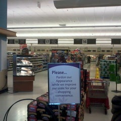 Photo taken at Super Stop & Shop by Randall D. on 4/28/2012