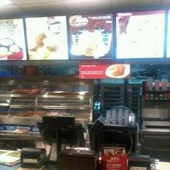 Photo taken at KFC by Jr L. on 5/24/2012