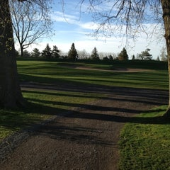 Photo taken at Club de golf La Prairie by Paul T. on 5/5/2012