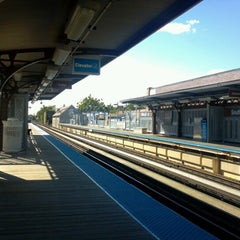 Photo taken at CTA - Southport by Casey on 9/8/2012