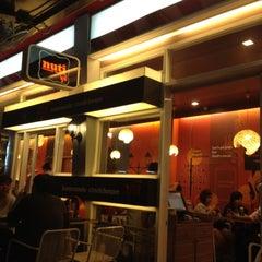 Photo taken at Nuti (นุติ) by Sirawee W. on 4/7/2012