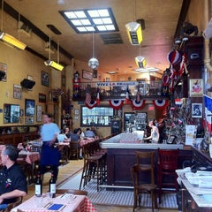 Photo taken at Bistrot Du Coin by Stephen Michael F. on 7/28/2012