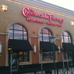 Photo taken at The Cheesecake Factory by Jennifer N. on 8/27/2011