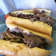Photo taken at Philly's Cheesesteaks by 👷 Dr Hoolin 🚑 on 3/18/2011