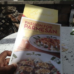 Photo taken at Olive Garden by CreativeSoulTV on 5/12/2012
