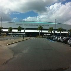 Photo taken at Aeroporto Internacional de Maceió / Zumbi dos Palmares (MCZ) by Átila S. on 3/15/2012