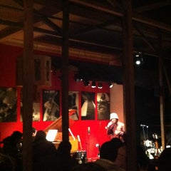 Photo taken at Thelonious, Lugar de Jazz by claudia s. on 7/5/2012