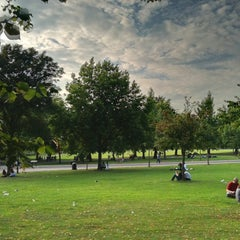 Photo taken at Finsbury Park by Irfan Q. on 8/6/2011