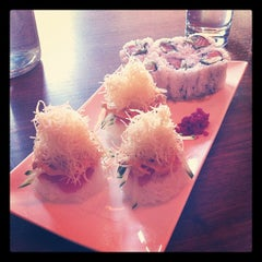 Photo taken at Momo Sushi Shack by Bienvenido C. on 10/2/2011