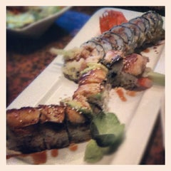 Photo taken at Wasabi Japanese Steakhouse & Sushi Bar by Tradd on 8/18/2012