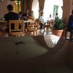 Photo taken at Renaissance Vinoy - Terrace by CB A. on 5/14/2012