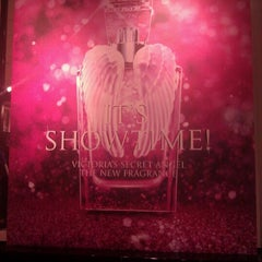 Photo taken at Victoria's Secret PINK by Kay D. on 12/16/2011